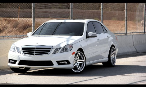 "LEXANI R-FIVE 20"" x Mercedes E350"