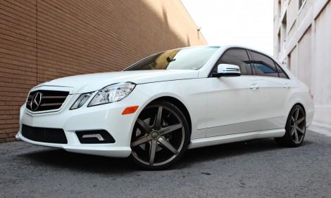 "LEXANI R-SIX 20"" x Mercedes E350"