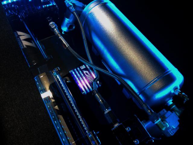 クライスラー300C エアサス システム スペアタイヤスペース 収納
