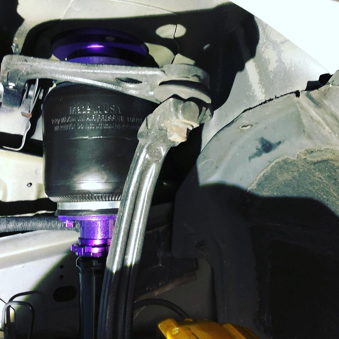 クライスラー300C インナー加工